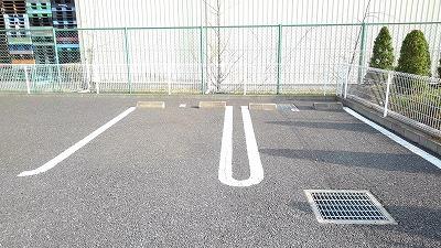 Crescent moon 01030号室の駐車場