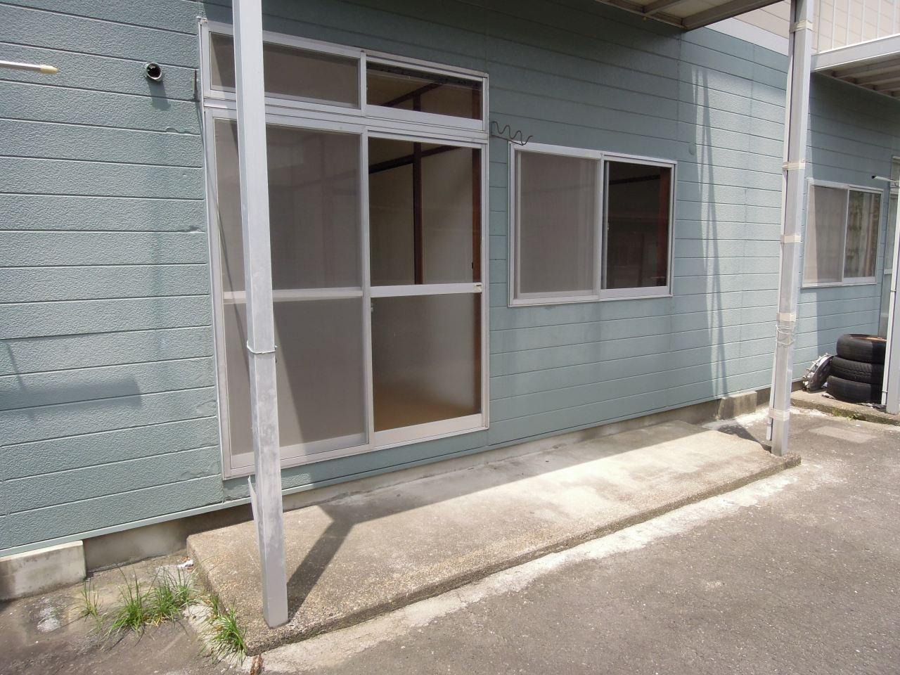 仁科ハイツB 01020号室のバルコニー