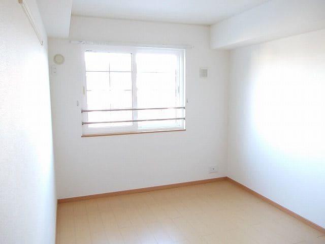 アンプリアル 02040号室のその他部屋