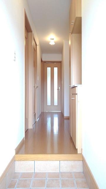 グラースカルム 01020号室の玄関