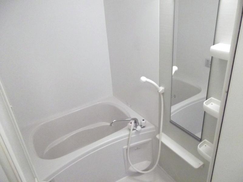サン アヴェニュ- 01020号室の風呂