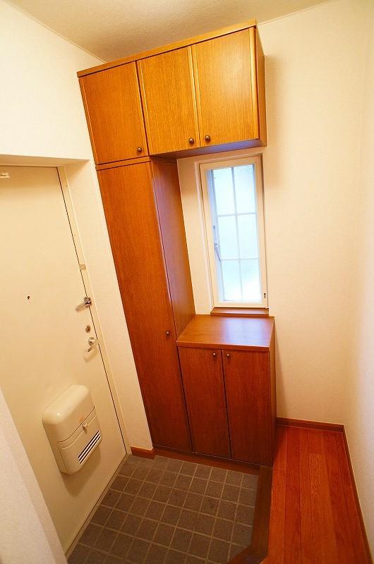 シャン・ロジュマン 02020号室の玄関