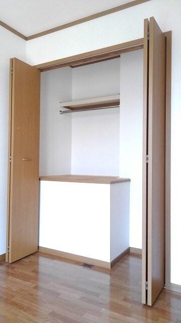 パストラルコ-トⅡ番館 02020号室の収納