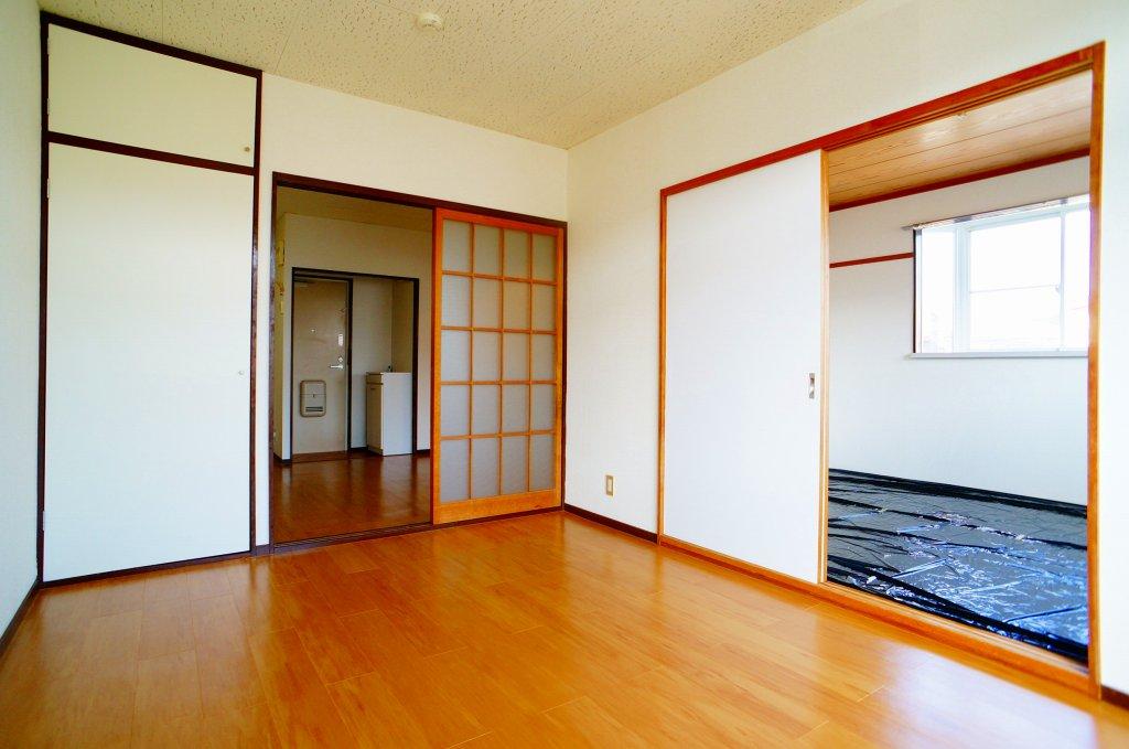 エルディム・菊地 02010号室の居室