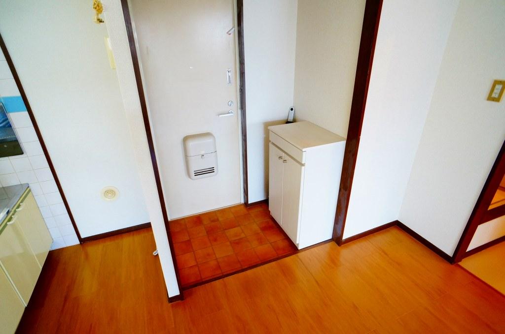 エルディム・菊地 02010号室の玄関