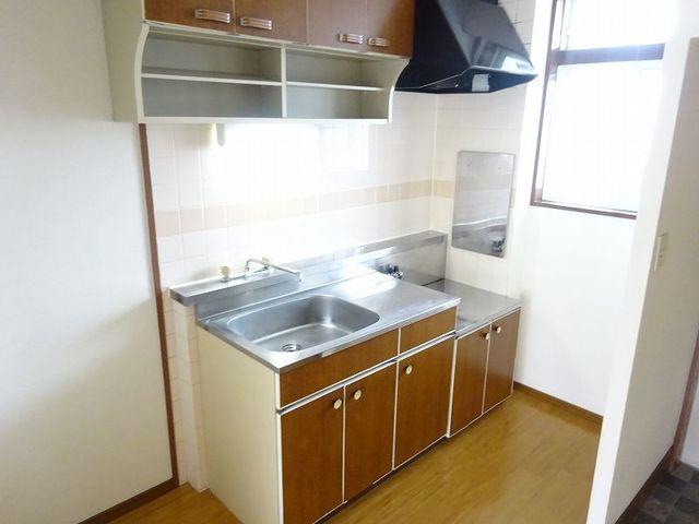 ラ・フォーレ七和 02050号室のキッチン