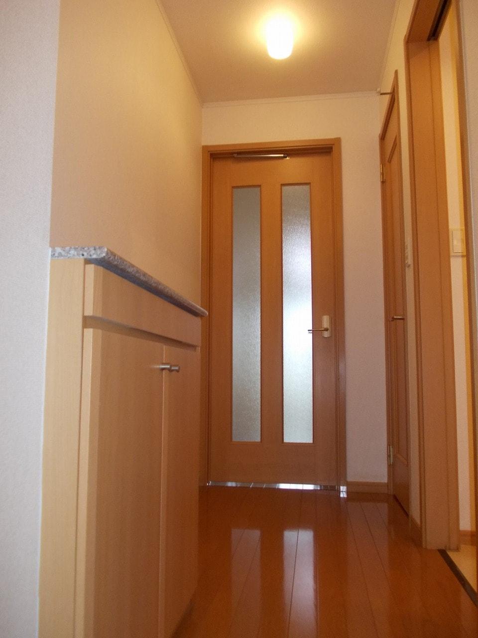 グッドヒル 01030号室の玄関