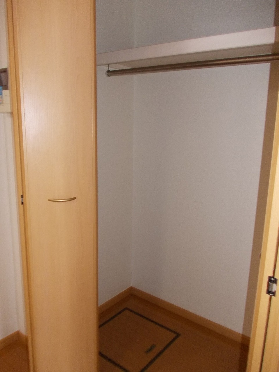 グッドヒル 01030号室の収納