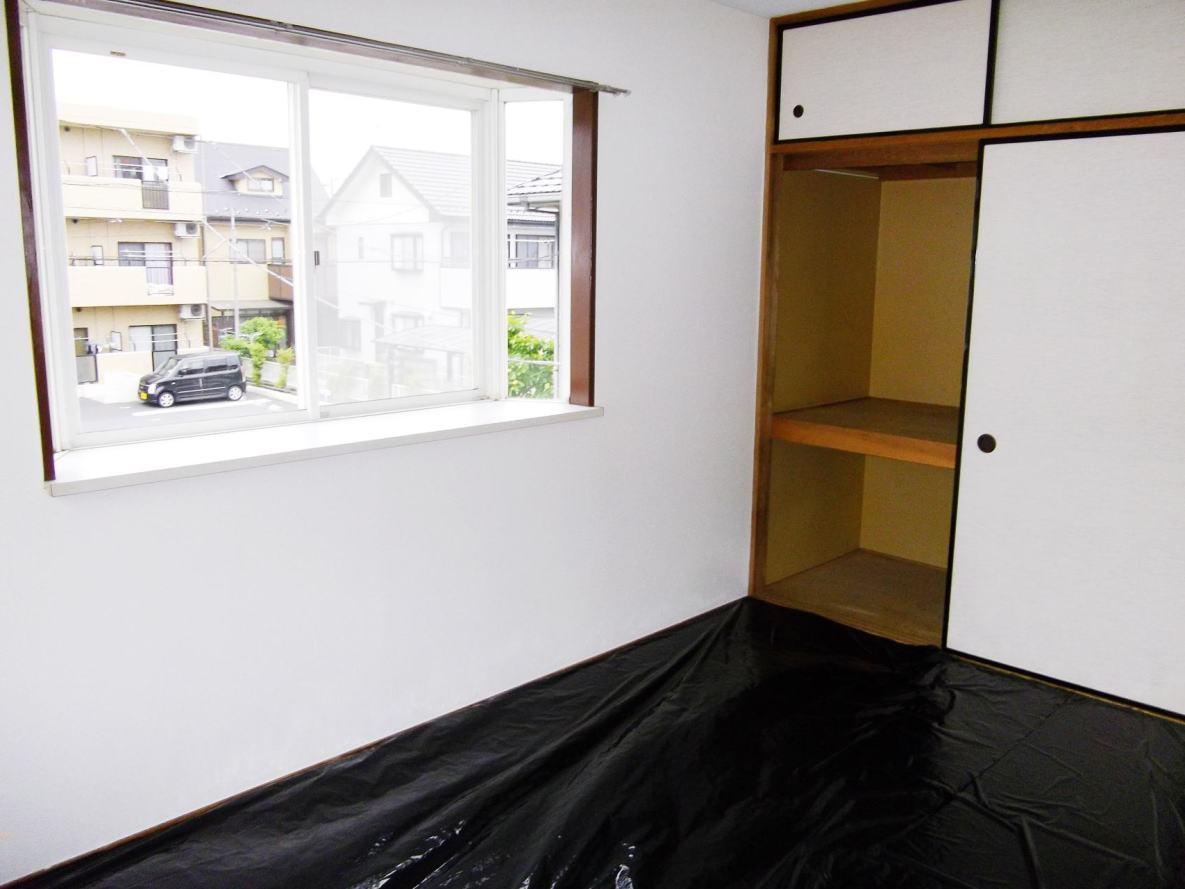 クローバーハイツ 02010号室の収納