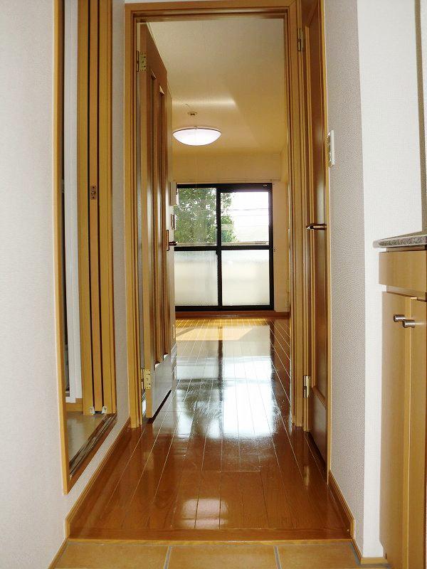 PURE CITY 梅田B 02030号室の玄関