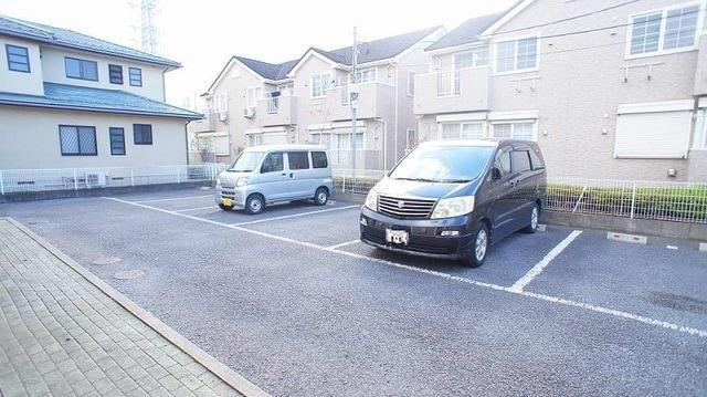 メゾン リュエル Ⅰ 01020号室の駐車場
