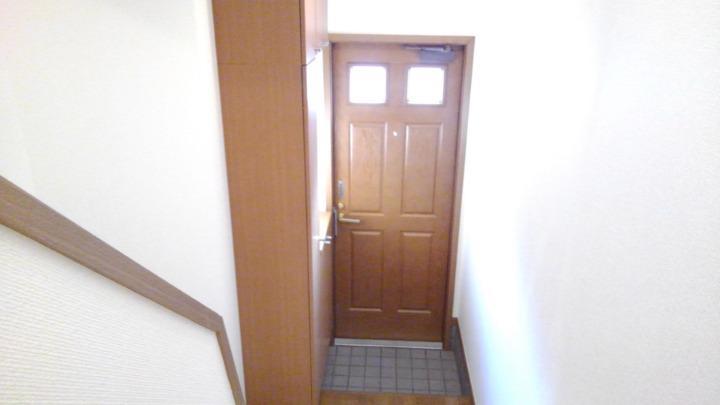 エテ・サンバティ-ク 02020号室の玄関