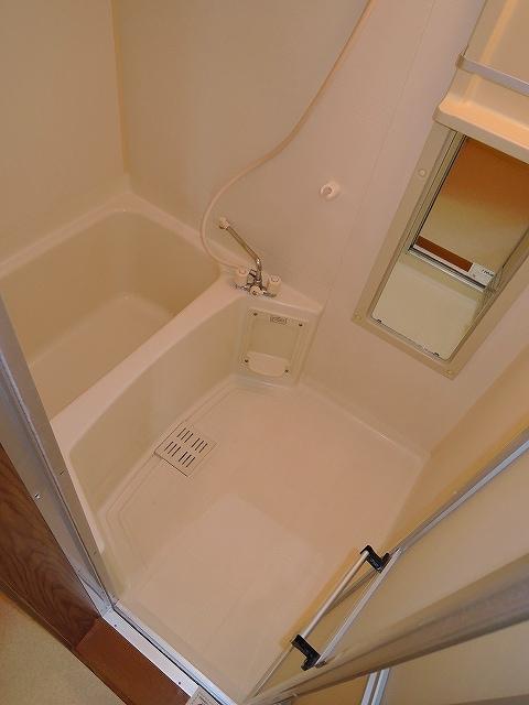 プリムローズ 02020号室の風呂