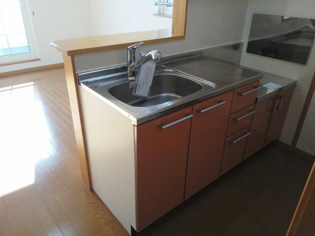 クレーストⅠ 02020号室のキッチン