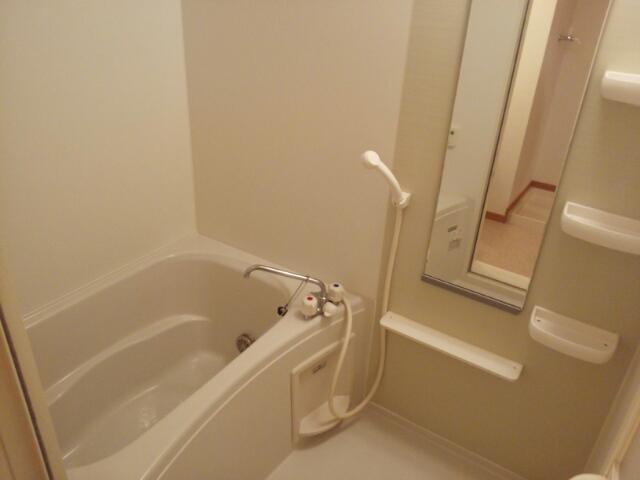 クレーストⅠ 02020号室の風呂