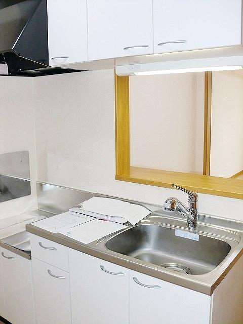 ボヌール・キャトルズ 01010号室のキッチン