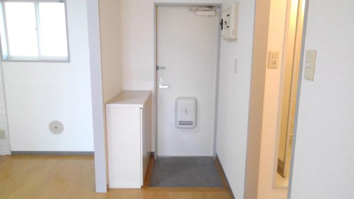 ビューテラスⅡ 02040号室の玄関