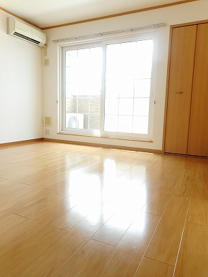 Belle Maison 桜 02010号室のリビング