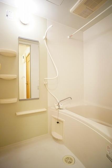 コーズィーコートR・SⅡ 02020号室の風呂