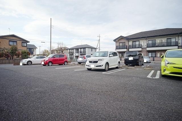 コーズィーコートR・SⅡ 02020号室の駐車場