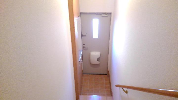 エトワール 02040号室の玄関