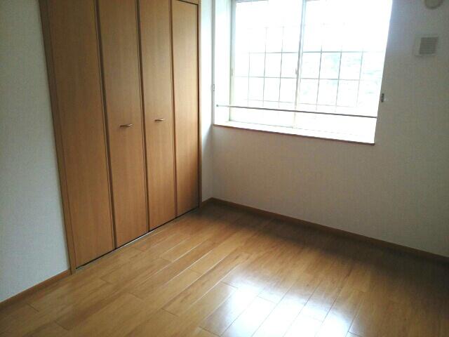 リリー・ヴァリー 02010号室の居室