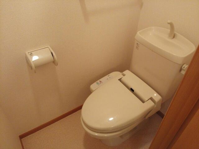 リリー・ヴァリー 02010号室のトイレ