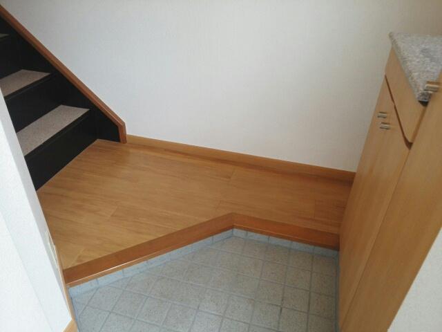 リリー・ヴァリー 02010号室の玄関