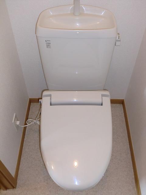 フォー リーフ クローバー 02020号室のトイレ