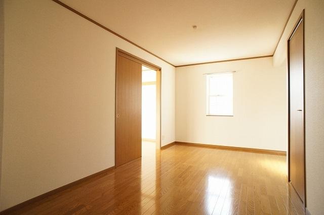 コート・プラザB 01030号室のリビング