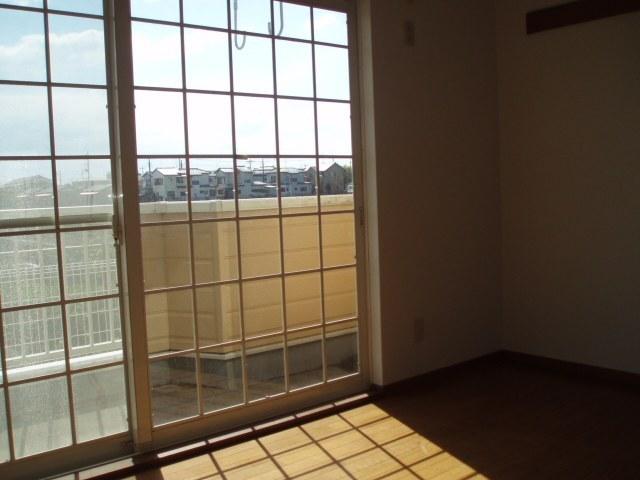 コート・プラザB 01030号室のバルコニー