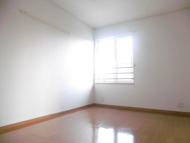 ラ・フルール A 02010号室の居室