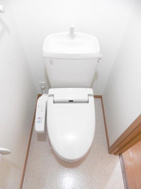 ラ・フルール A 02010号室のトイレ