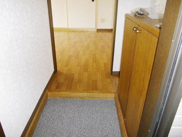 レインボーパレス 02020号室の玄関