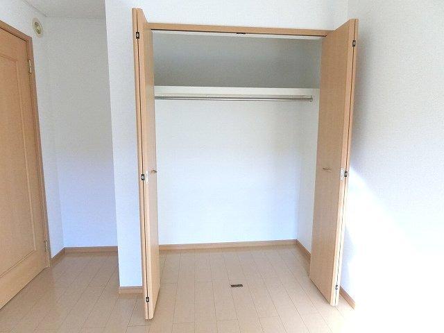 プリアールA 01030号室の収納