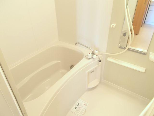 プラシ-ド メゾン 01020号室の風呂