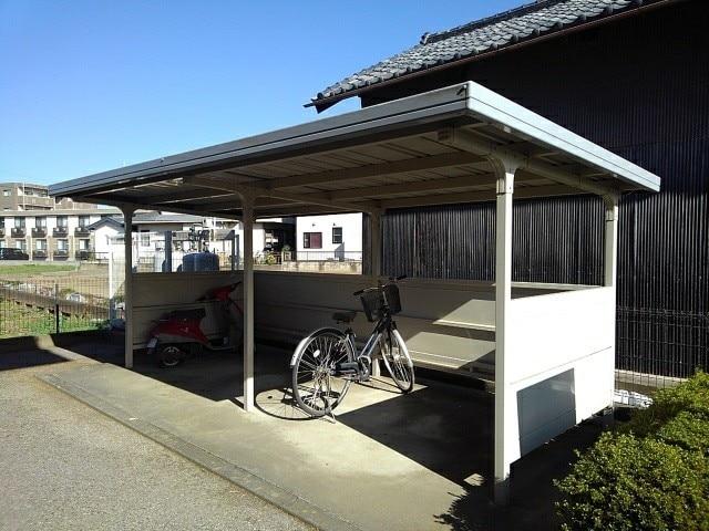 フルールメゾンB 02020号室の駐車場