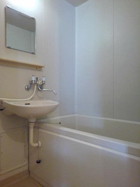 エルディム野口 02040号室の風呂