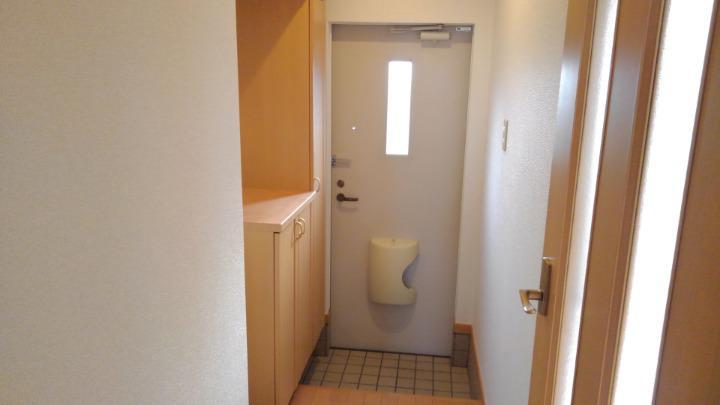 ブリーズ 01010号室の玄関