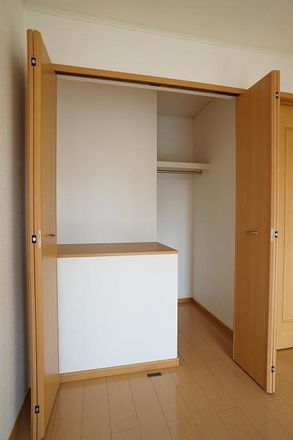 ポルト ソラーナⅠ 02020号室の収納