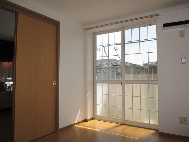 ファイン・セレ-B 02020号室のリビング