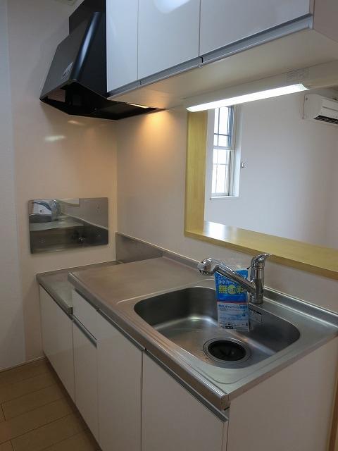 ガーデンハウスKT 02010号室のキッチン