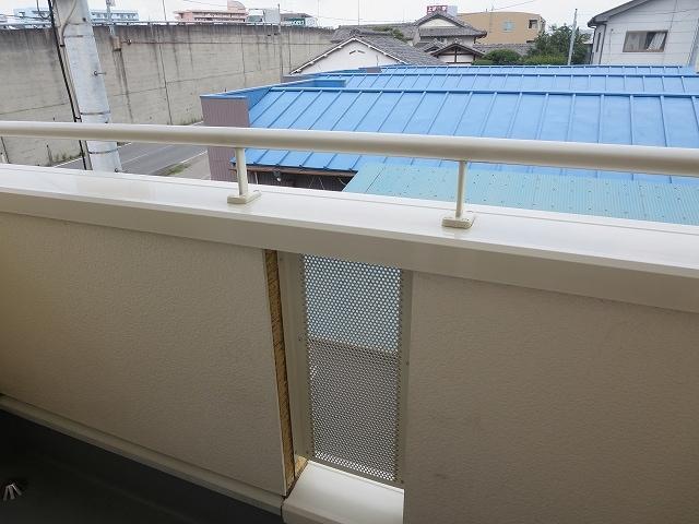 ガーデンハウスKT 02010号室のバルコニー