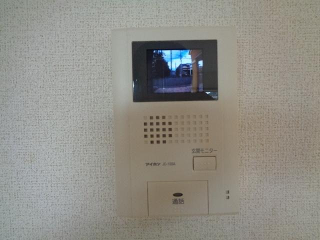 ピクシー・ラビットA 02040号室の玄関