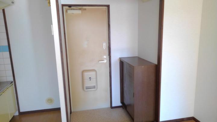 エルディム長谷川Ⅰ 01010号室の玄関
