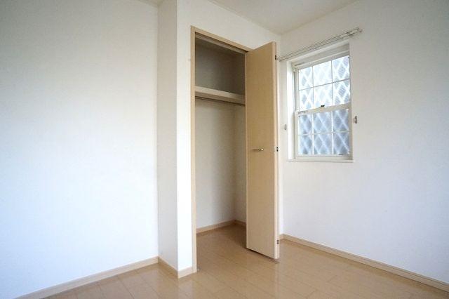 セントポーリアⅡ 01010号室の収納