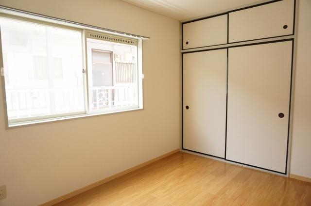 ヴェラムサシ 02020号室の収納