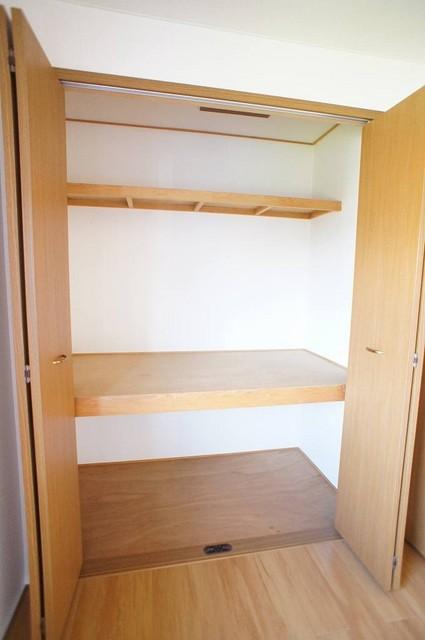 プレミール 02030号室の収納