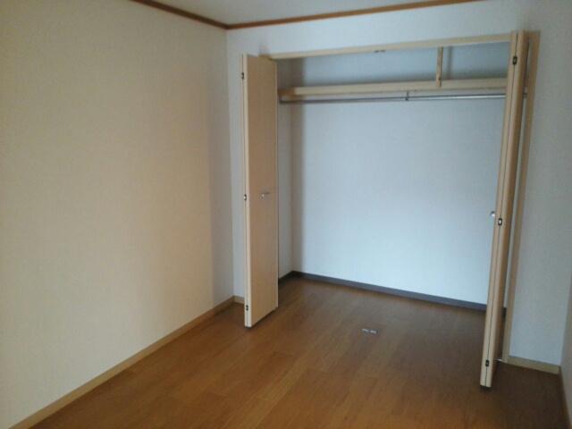 サンフローラル 02050号室のリビング