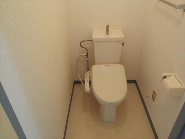 サンフローラル 02050号室のトイレ